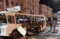 У російському Воронежі на зупинці вибухнув рейсовий автобус, є жертви