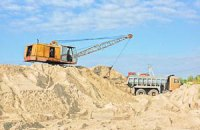 Нелегальные добытчики песка повредили дамбу Каховского водохранилища