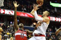 Українець Лень у чемпіонаті НБА вирубив свого опонента, після чого ледь не почалася бійка