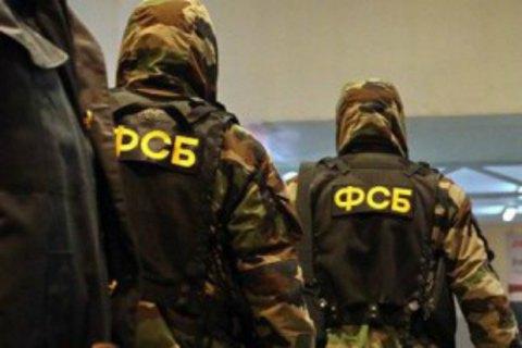 Российские силовики обыскали два дома крымских татар в Симферополе