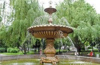 Сквер імені Чкалова в Києві перейменували на честь Богдана Ступки