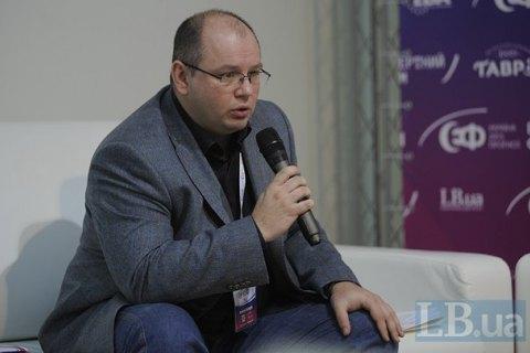 """Валерий Калныш уходит с """"Радио НВ"""", а сама радиостанция сменит формат с 1 июля"""