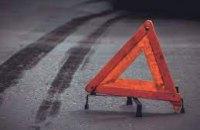В Харькове водитель Infiniti на бешеной скорости снес авто, погиб один человек