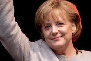 Меркель согласилась приехать на Евро-2012