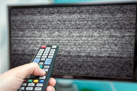 Чотири медіагрупи закодували свої телеканали на супутнику