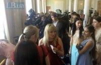 """Журналисты требуют снять с рассмотрения законопроект """"О медиа"""""""