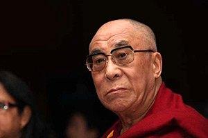 Далай-лама обеспокоен уровнем демократии в Украине