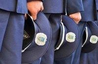 Милиционерам стали покупать более дорогую одежду