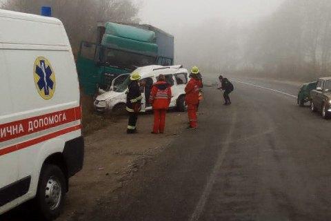 Двое взрослых и ребенок погибли в ДТП в Хмельницкой области