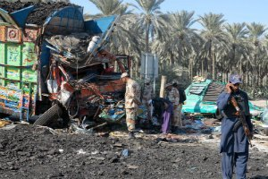 В Пакистане жертвами ДТП стали 56 человек