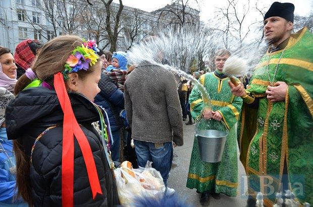 Во время праздничной службы во Владимирском соборе в Киеве