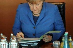 Меркель пригласила Порошенко на ужин