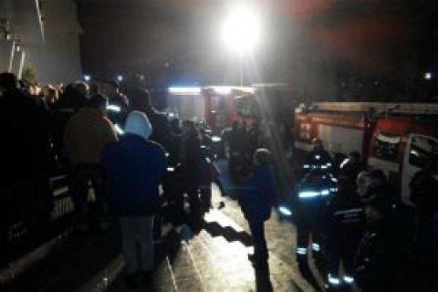 У результаті пожежі в нічному клубі Львова постраждали десятки людей
