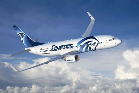 У Середземному морі далі шукають уламки літака EgyptAir