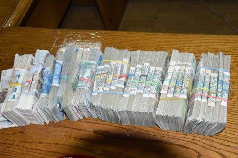 НАПК конфисковало у пяти партий 1,3 млн гривен