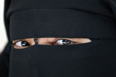 В Саудовской Аравии женщинам разрешат водить автомобиль