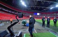 Английская Премьер-Лига запретит футболистам во время матча обращаться к судье с просьбой просмотреть VAR