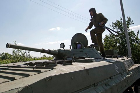 Боевики ночью трижды обстреляли позиции сил АТО
