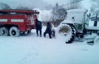 Дороги во Львовской и Ивано-Франковской областях расчистили от снега