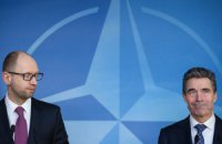 НАТО готове співпрацювати з Порошенком