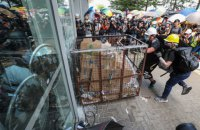 Протестувальники в Гонконзі звернулися до Трампа за допомогою