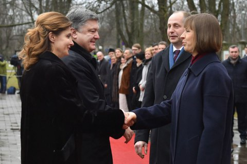 Порошенко запросив президента Естонії відвідати Україну