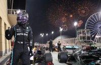 Гамільтон у протистоянні з Ферстаппеном виграв перше Гран-прі Формули-1 сезону і побив рекорд Шумахера