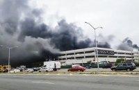 При пожаре в торговом центре Нью-Йорка пострадал 21 человек