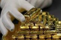 Курс на $ 2000. Золото б'є рекорди на залитих грішми ринках