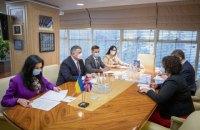 МВС ініціювало діалог з Британією щодо спрощення візового режиму для українців, - Аваков