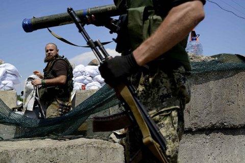 За день сепаратисты 13 раз обстреляли позиции сил АТО