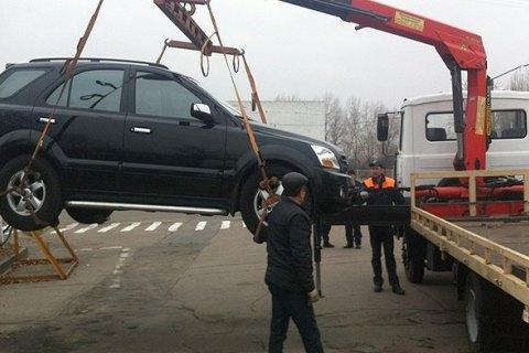 Кабмін затвердив порядок тимчасового затримання транспорту на парковці