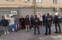 Правоохоронці блокували канал нелегальної міграції до ЄС через Україну
