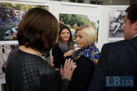 Относительным затишьем на Донбассе Россия пытается избавиться от санкций, - Геращенко