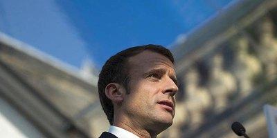 Управління гнівом. Як Макрон вирішив врегулювати протести в Франції