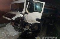 На Київщині водій джипа тікав від поліції та врізався у бензовоз