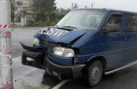 В Киеве водитель Volkswagen лихачил, рискуя жизнью 6-летнего ребенка