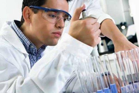 У ВООЗ заявили про початок випробувань вакцини від коронавірусу