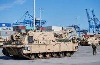 В Польшу прибыли более тысячи американских танков и гаубиц
