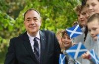 Экс-премьера Шотландии, который ведет телешоу на российском телеканале RT, обвинили в попытке изнасилования