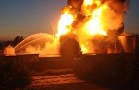 Турчинов і Кличко прибули на місце пожежі на нафтобазі у Глевасі