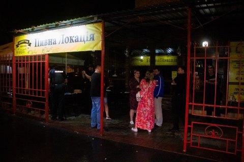 В киевском баре пьяный мужчина открыл стрельбу из-за лая собаки