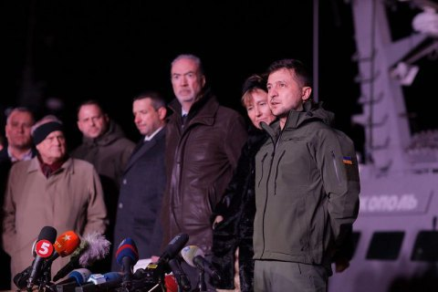 Зеленський заявив, що за міжнародні відносини відповідає він, а не Коломойський