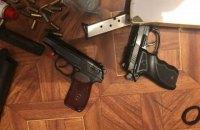 В Одессе изъяли пистолеты, винтовку и более тысячи патронов, которые могли использовать для провокаций