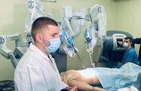 У львівській лікарні швидкої допомоги з'явився американський робот-хірург Da Vinci