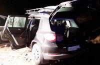 Двух ювелиров ограбили на трассе в Житомирской области, у них забрали 30 кг золотых изделий