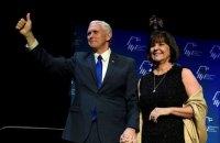 Віцепрезидент США з дружиною та глава Мінфіну отримали негативні тести на COVID-19