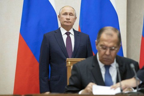 Росія виходить з Договору про відкрите небо