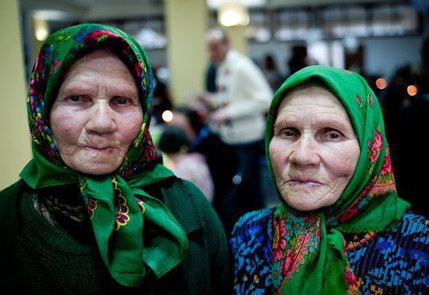 Мария и Галина, сестры-близнецы, 80 лет
