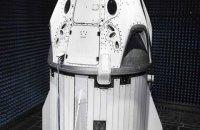 Ілон Маск показав остаточний дизайн космічного корабля Crew Dragon